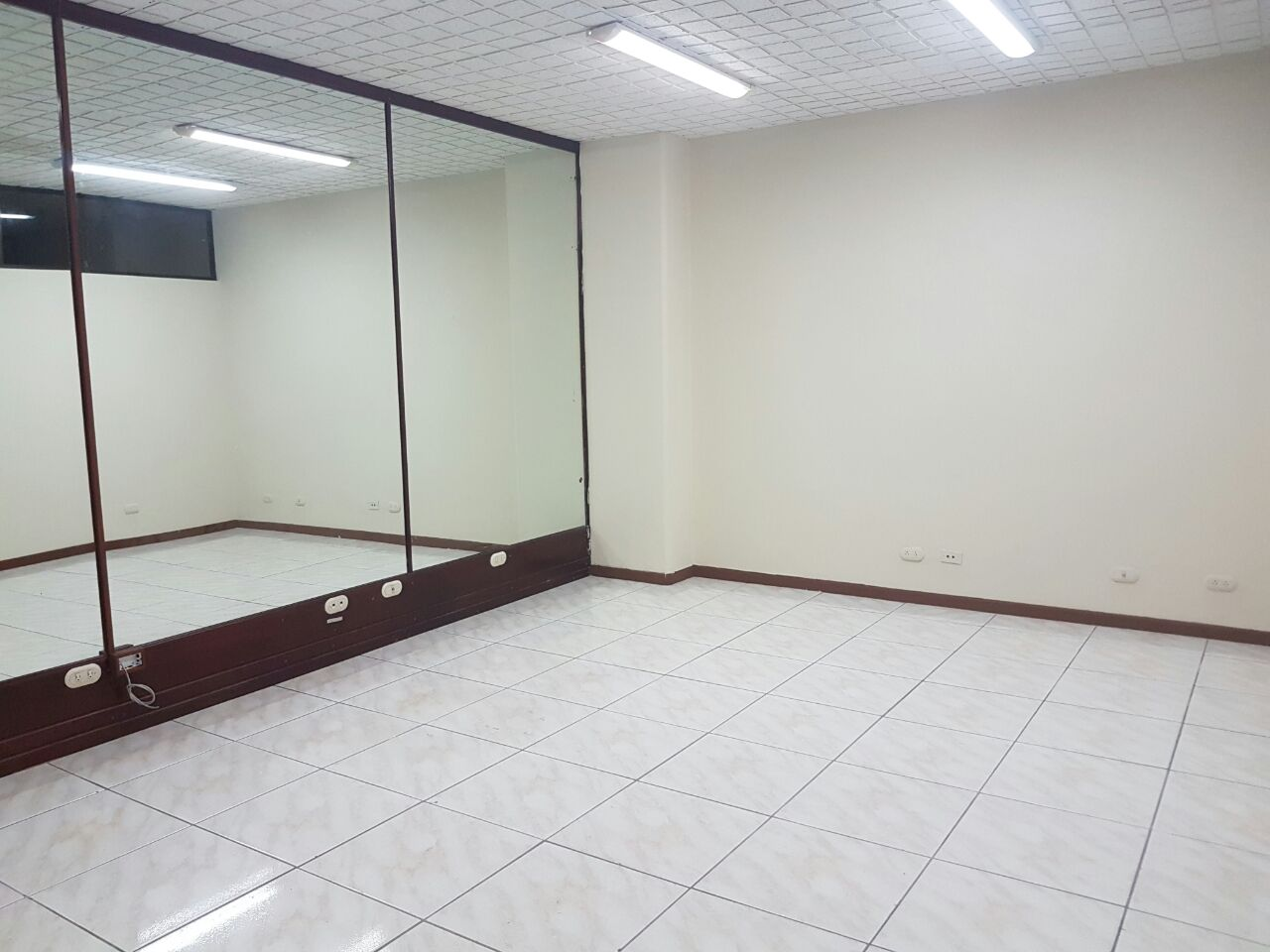 oficina 1 piso
